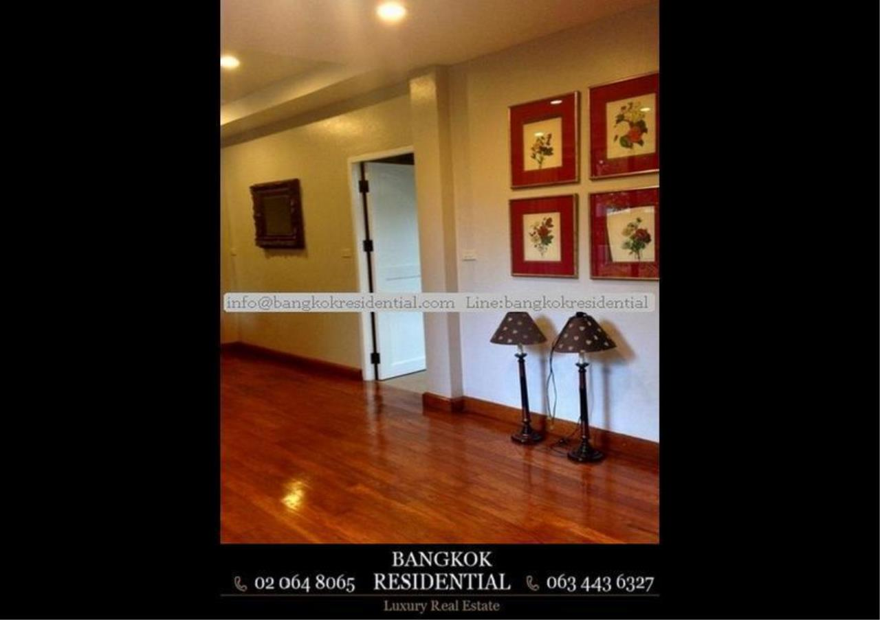 Bangkok Residential Agency's 4 Bed Single House in Compound For Rent in Thonglor BR7673SH 8