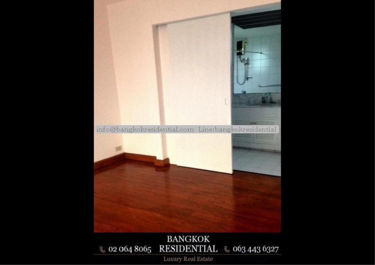 Bangkok Residential Agency's 4 Bed Single House in Compound For Rent in Thonglor BR7673SH 11