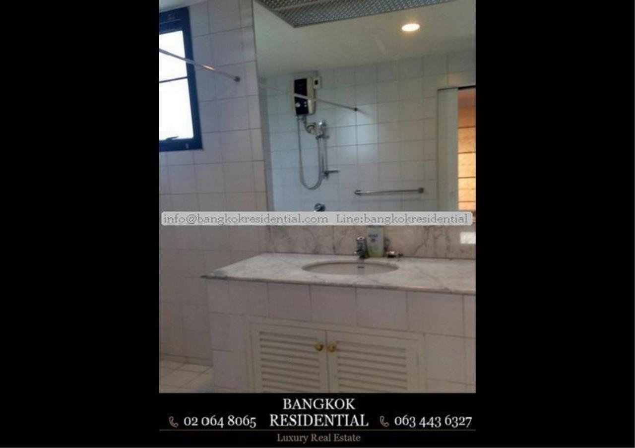 Bangkok Residential Agency's 4 Bed Single House in Compound For Rent in Thonglor BR7673SH 15