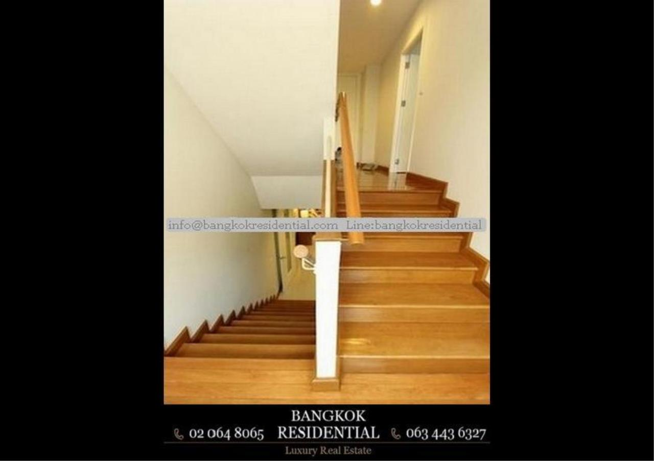 Bangkok Residential Agency's 4 Bed Single House in Compound For Rent in Ekkamai BR7717SH 8