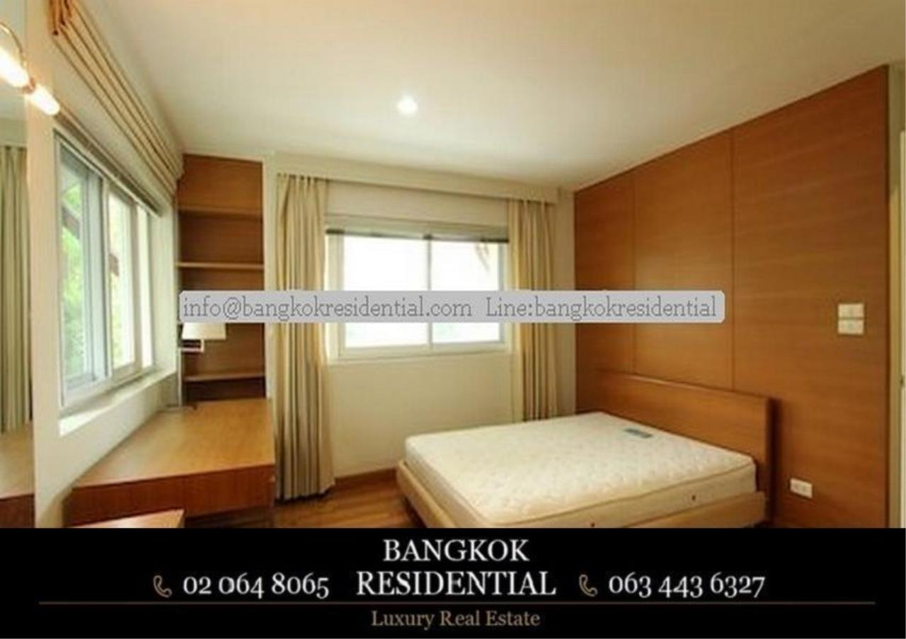Bangkok Residential Agency's 4 Bed Single House in Compound For Rent in Ekkamai BR7717SH 11