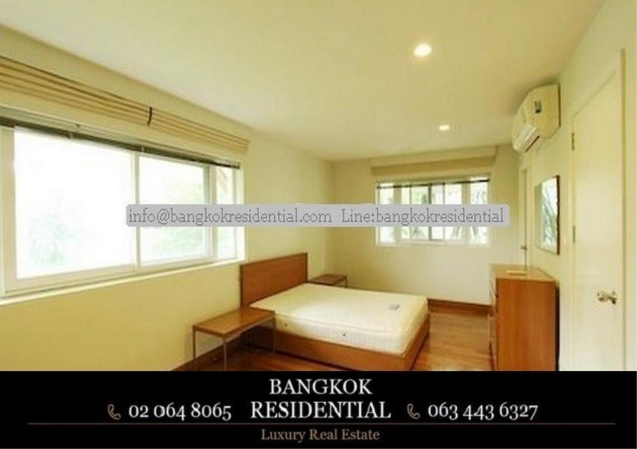 Bangkok Residential Agency's 4 Bed Single House in Compound For Rent in Ekkamai BR7717SH 15