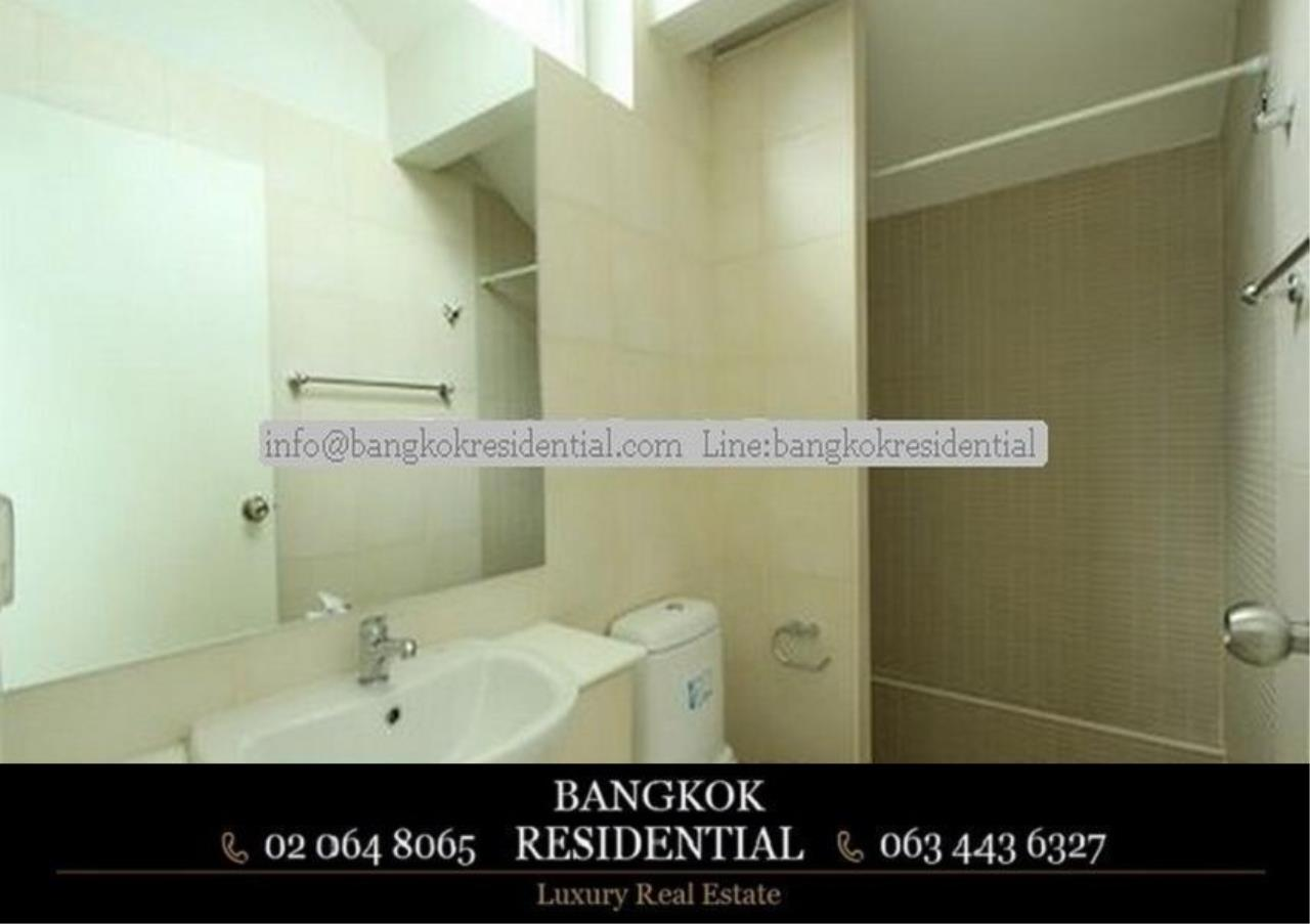 Bangkok Residential Agency's 4 Bed Single House in Compound For Rent in Ekkamai BR7717SH 17