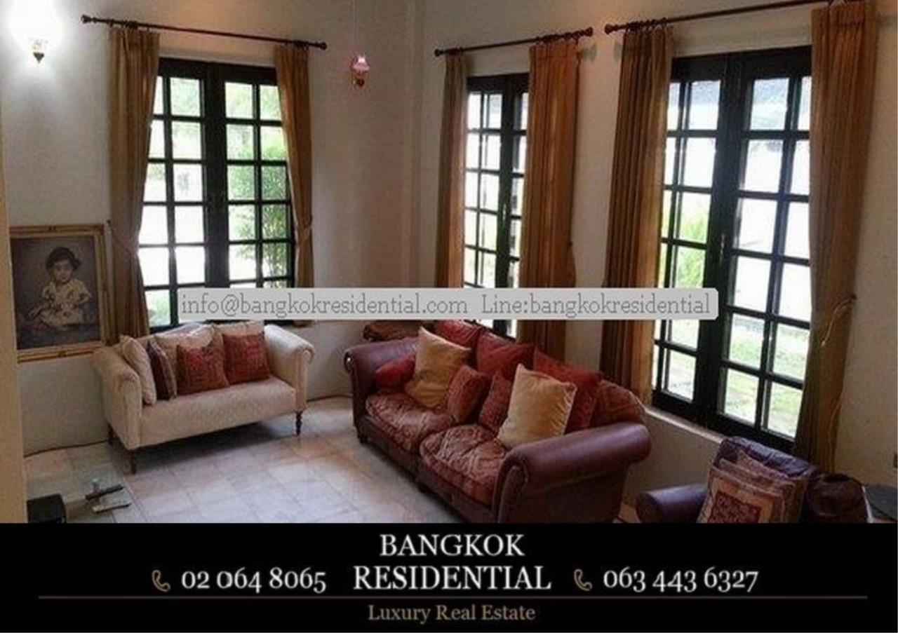Bangkok Residential Agency's 5 Bed Single House in Compound For Rent in On Nut BR7718SH 1