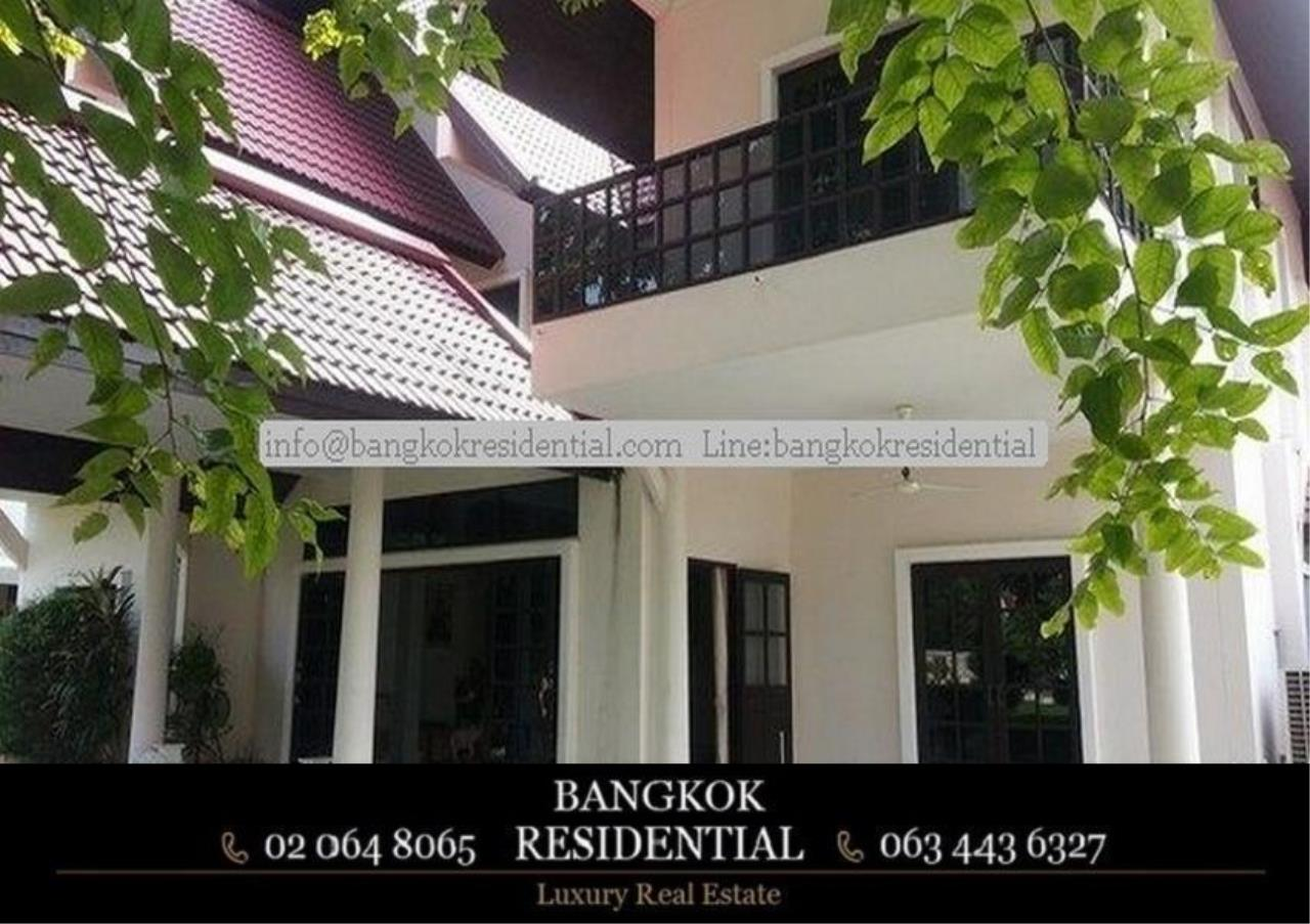 Bangkok Residential Agency's 5 Bed Single House in Compound For Rent in On Nut BR7718SH 6