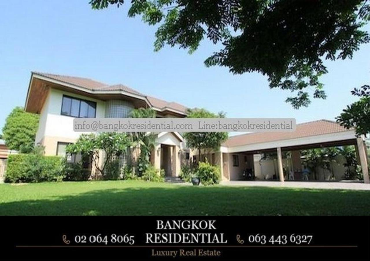 Bangkok Residential Agency's 4 Bed Single House in Compound For Rent in Phra Khanong BR7733SH 3