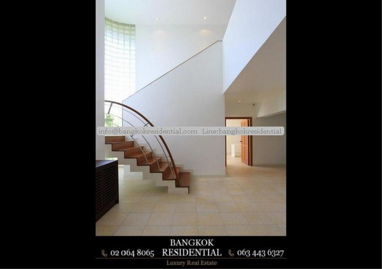 Bangkok Residential Agency's 4 Bed Single House in Compound For Rent in Phra Khanong BR7733SH 8
