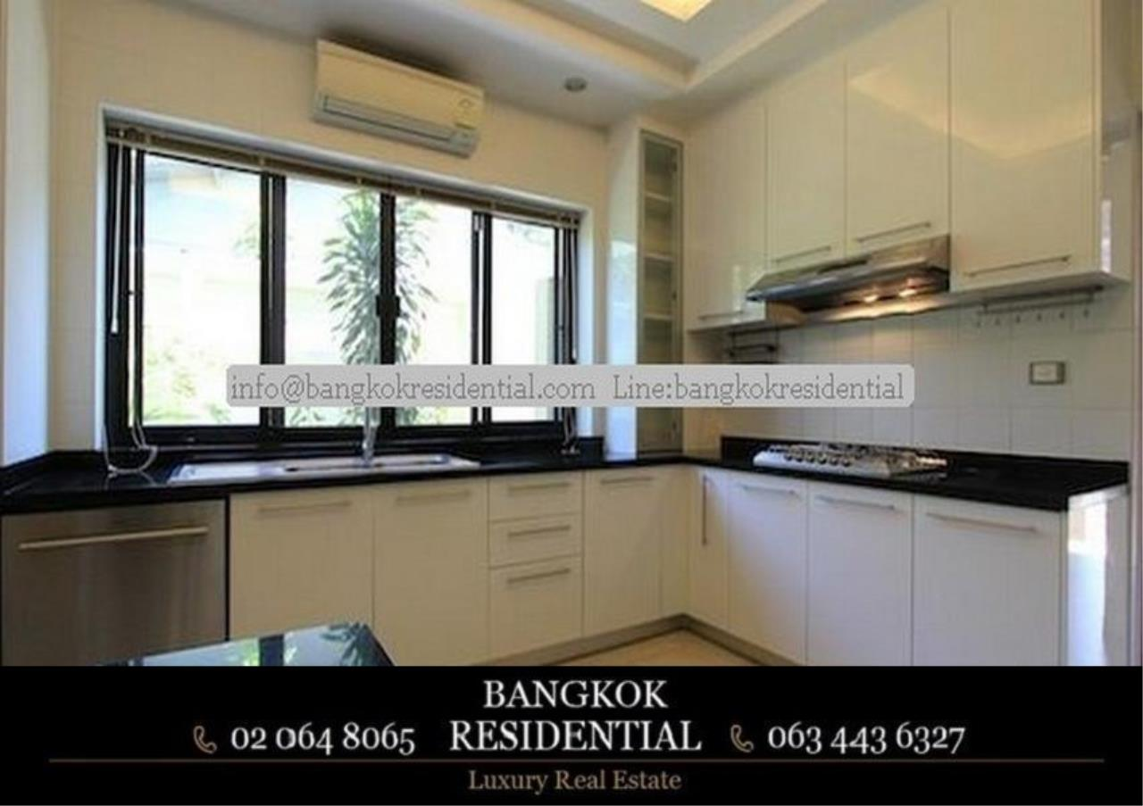 Bangkok Residential Agency's 4 Bed Single House in Compound For Rent in Phra Khanong BR7733SH 9