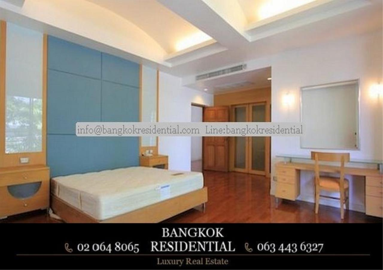 Bangkok Residential Agency's 4 Bed Single House in Compound For Rent in Phra Khanong BR7733SH 10