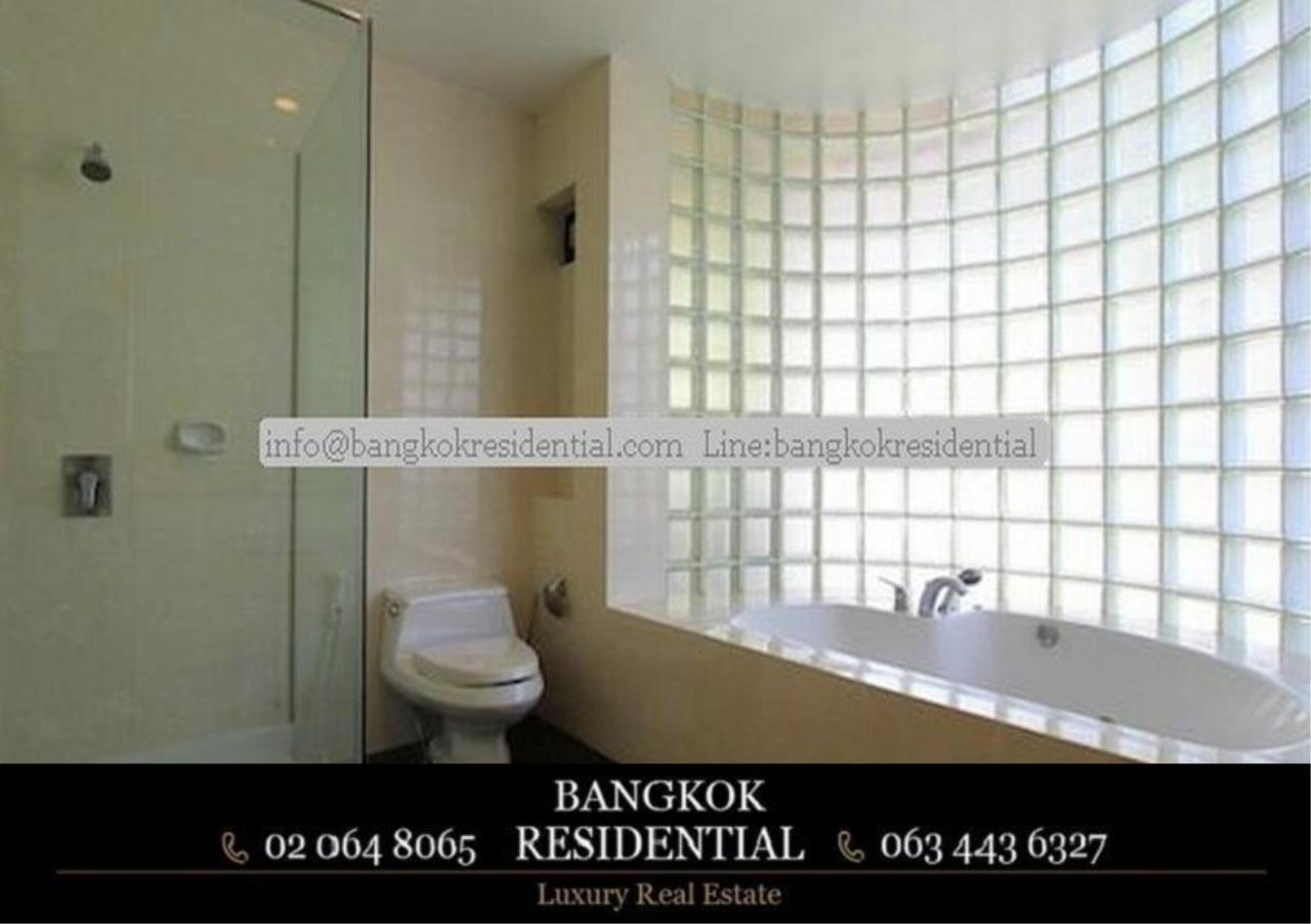 Bangkok Residential Agency's 4 Bed Single House in Compound For Rent in Phra Khanong BR7733SH 11