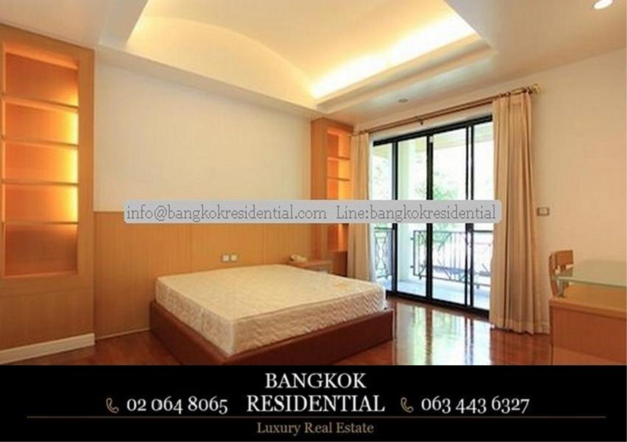 Bangkok Residential Agency's 4 Bed Single House in Compound For Rent in Phra Khanong BR7733SH 14