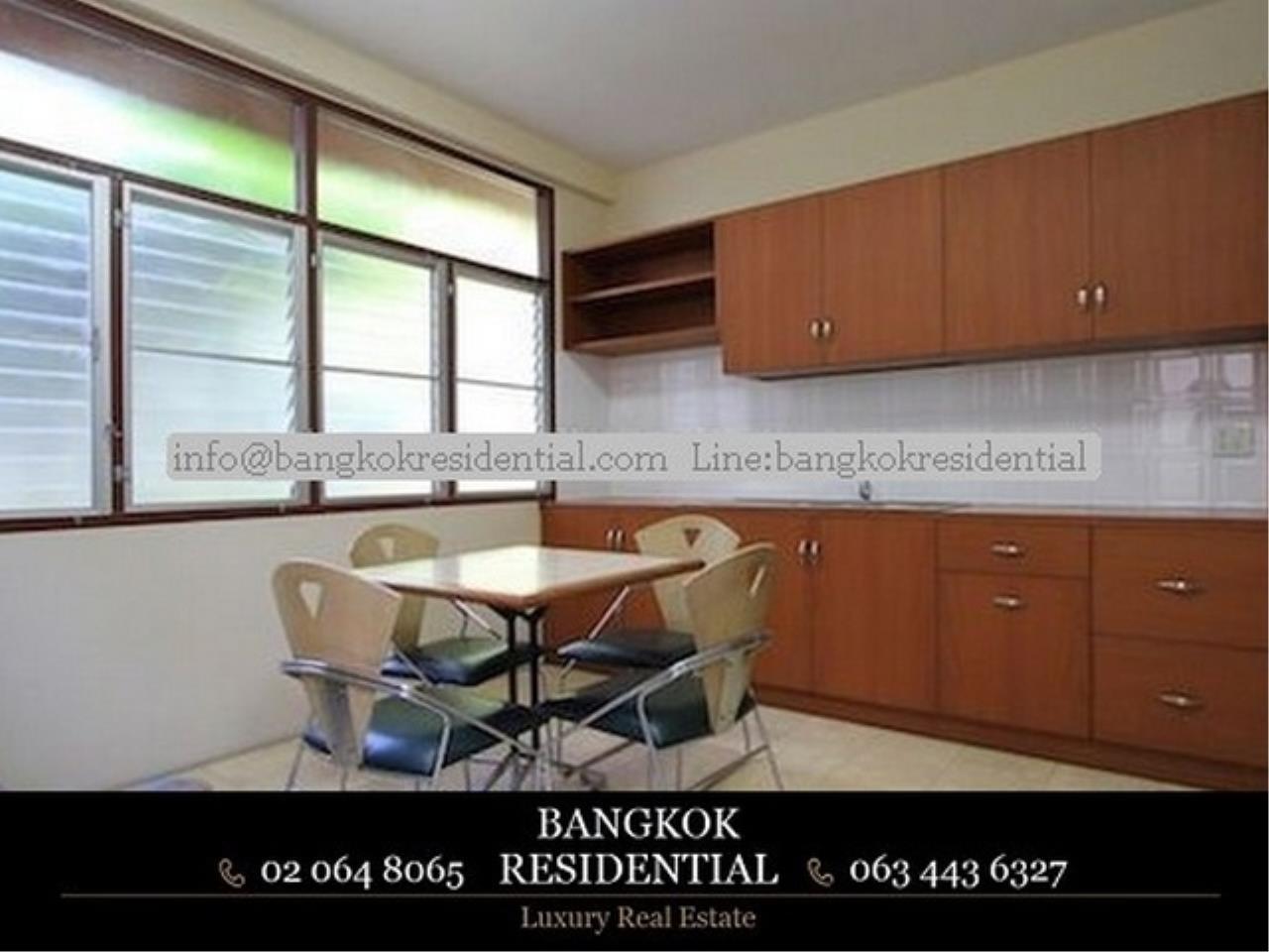 Bangkok Residential Agency's 3 Bed Single House For Rent in Nana BR7742SH 10