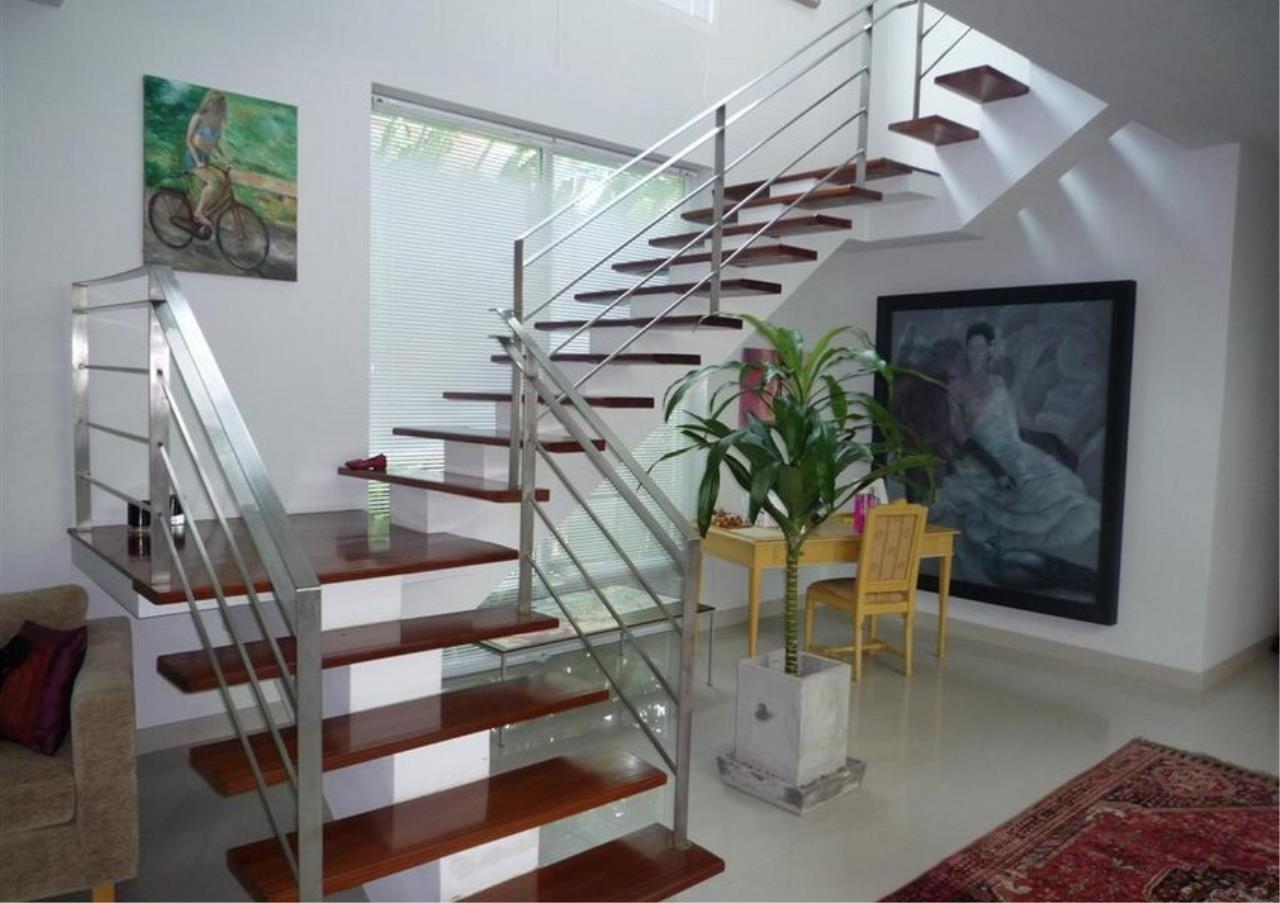 Bangkok Residential Agency's 4 Bed Single House in Compound For Rent in On Nut BR7756SH 5