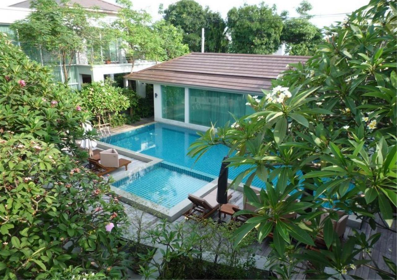 Bangkok Residential Agency's 4 Bed Single House in Compound For Rent in On Nut BR7756SH 10