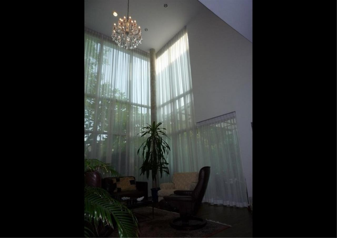 Bangkok Residential Agency's 4 Bed Single House in Compound For Rent in On Nut BR7756SH 13