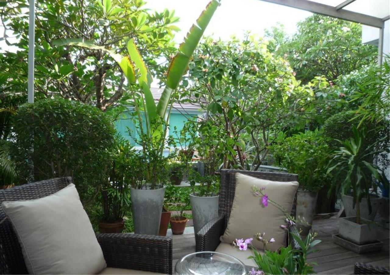Bangkok Residential Agency's 4 Bed Single House in Compound For Rent in On Nut BR7756SH 15