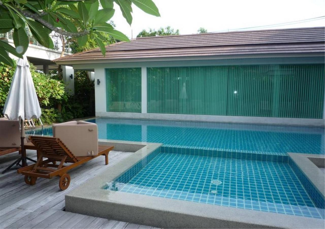 Bangkok Residential Agency's 4 Bed Single House in Compound For Rent in On Nut BR7756SH 16