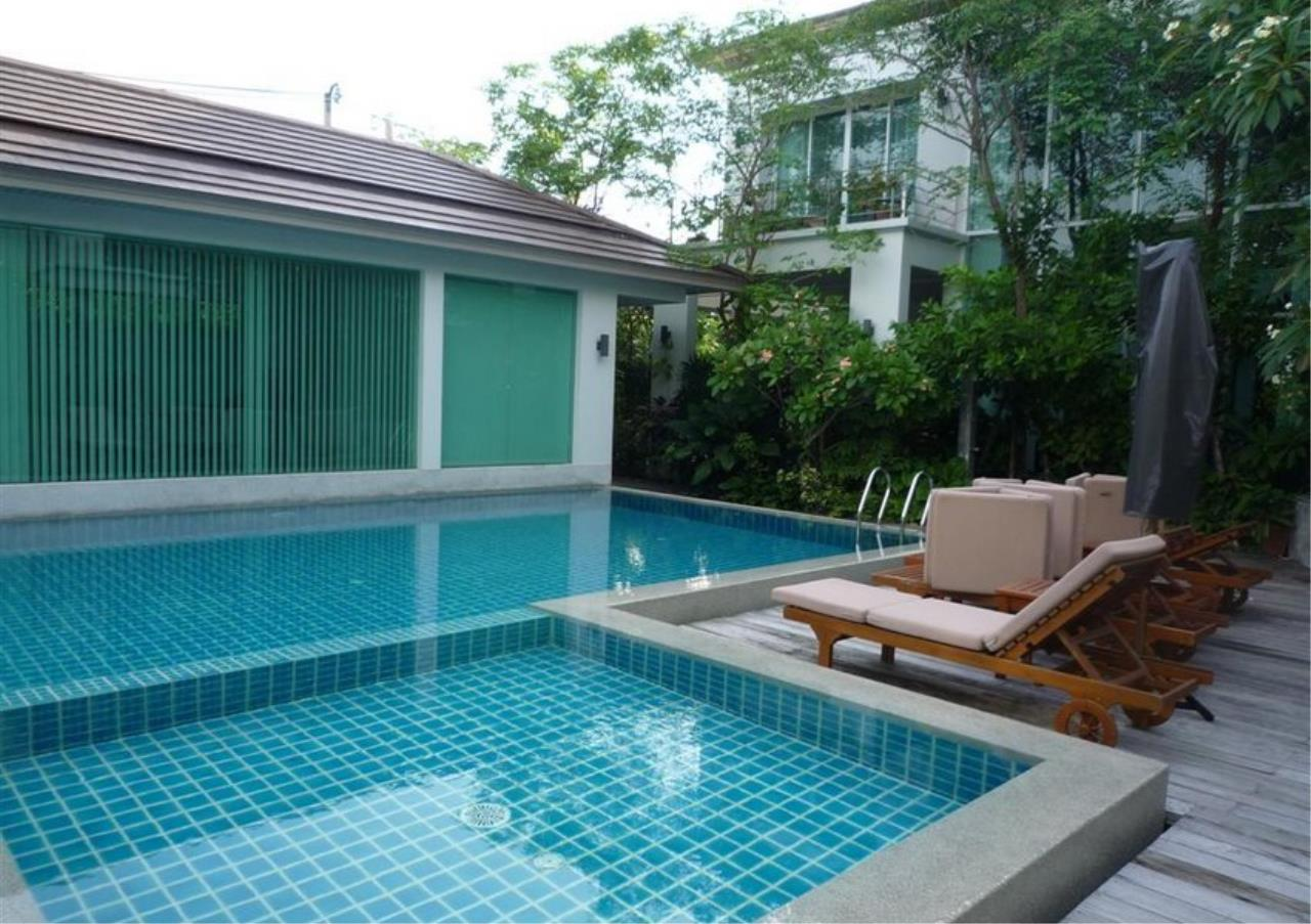 Bangkok Residential Agency's 4 Bed Single House in Compound For Rent in On Nut BR7756SH 17