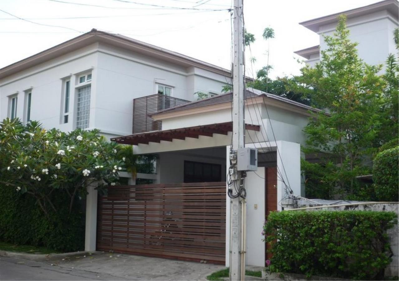 Bangkok Residential Agency's 4 Bed Single House in Compound For Rent in On Nut BR7756SH 42