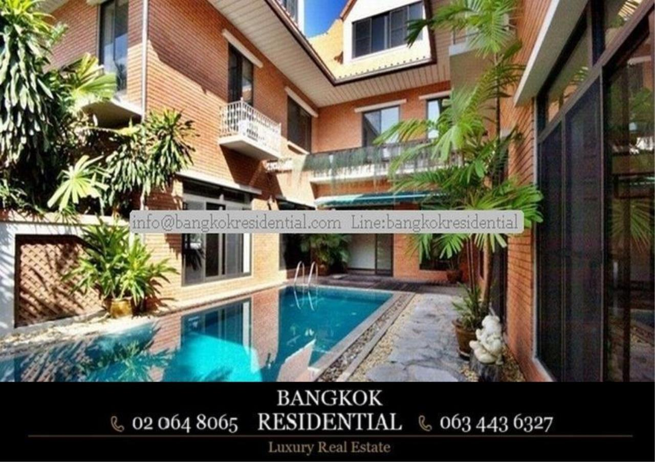 Bangkok Residential Agency's 6 Bed Single House in Compound For Rent in Thonglor BR7778SH 1