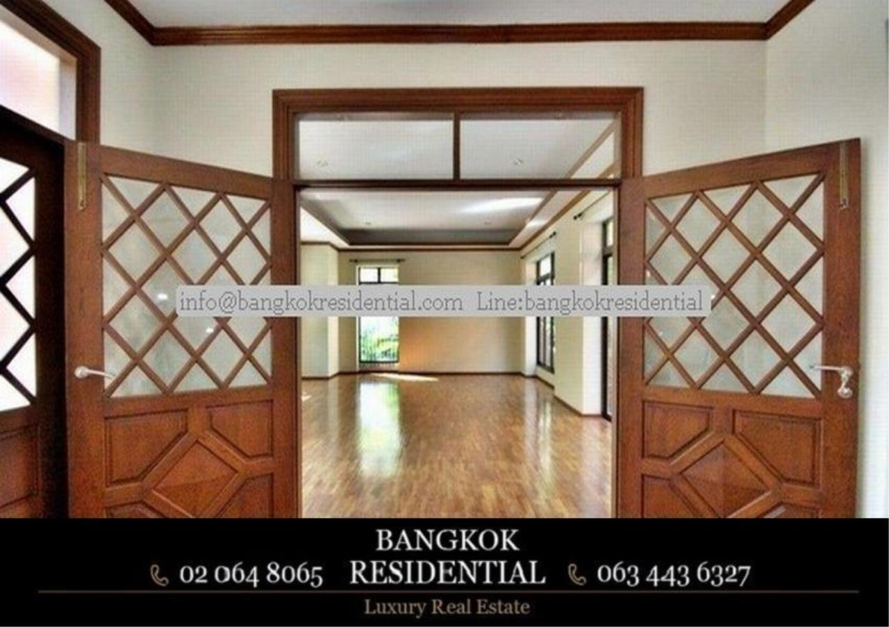 Bangkok Residential Agency's 6 Bed Single House in Compound For Rent in Thonglor BR7778SH 9