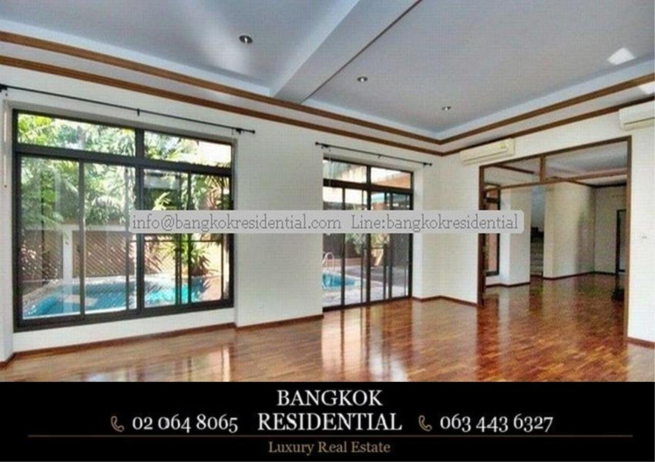 Bangkok Residential Agency's 6 Bed Single House in Compound For Rent in Thonglor BR7778SH 14