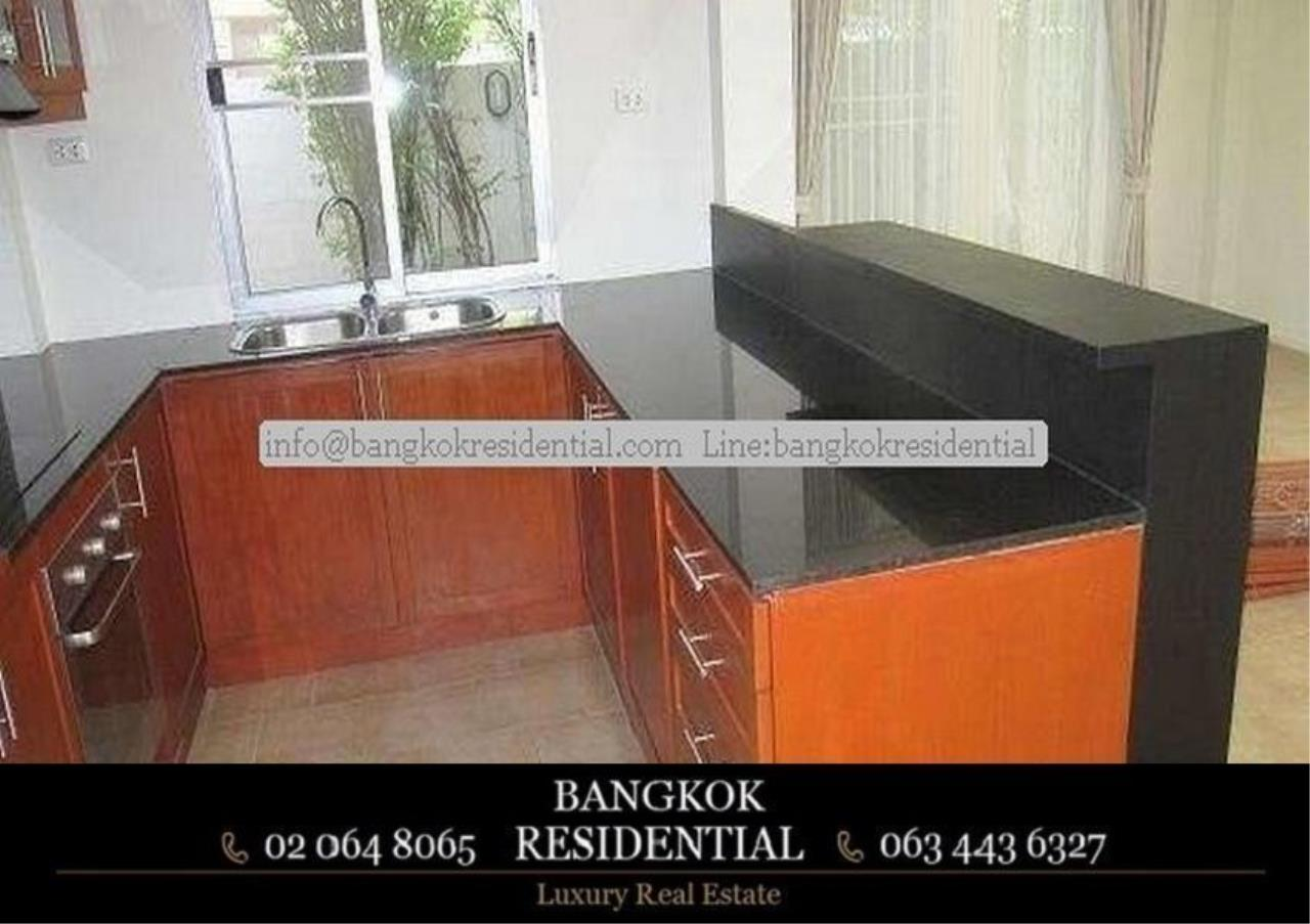 Bangkok Residential Agency's 4 Bed Single House in Compound For Rent in Phetchaburi BR7935SH 2