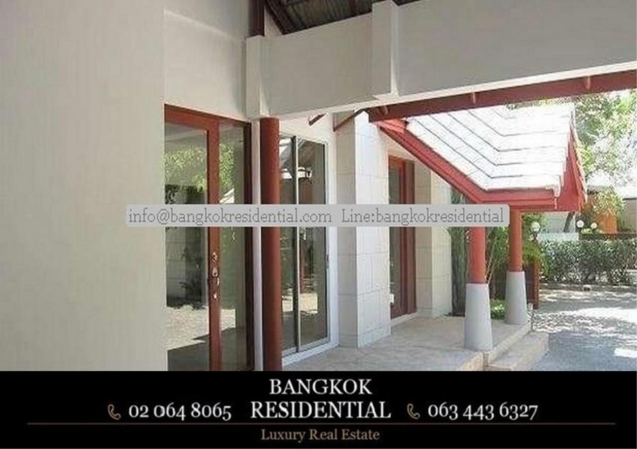 Bangkok Residential Agency's 4 Bed Single House in Compound For Rent in Phetchaburi BR7935SH 11