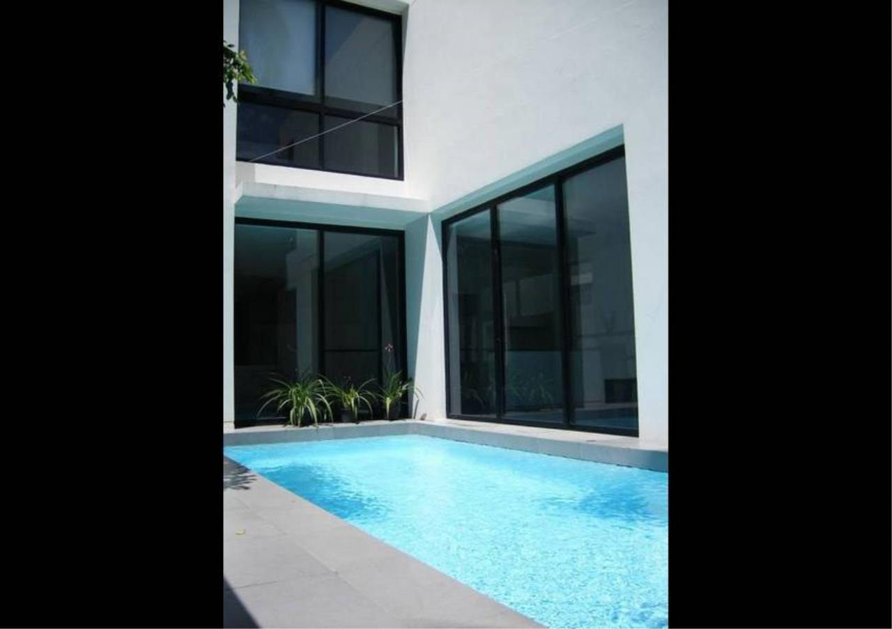 Bangkok Residential Agency's 4 Bed Detached House For Rent in Thonglor BR7998SH 17
