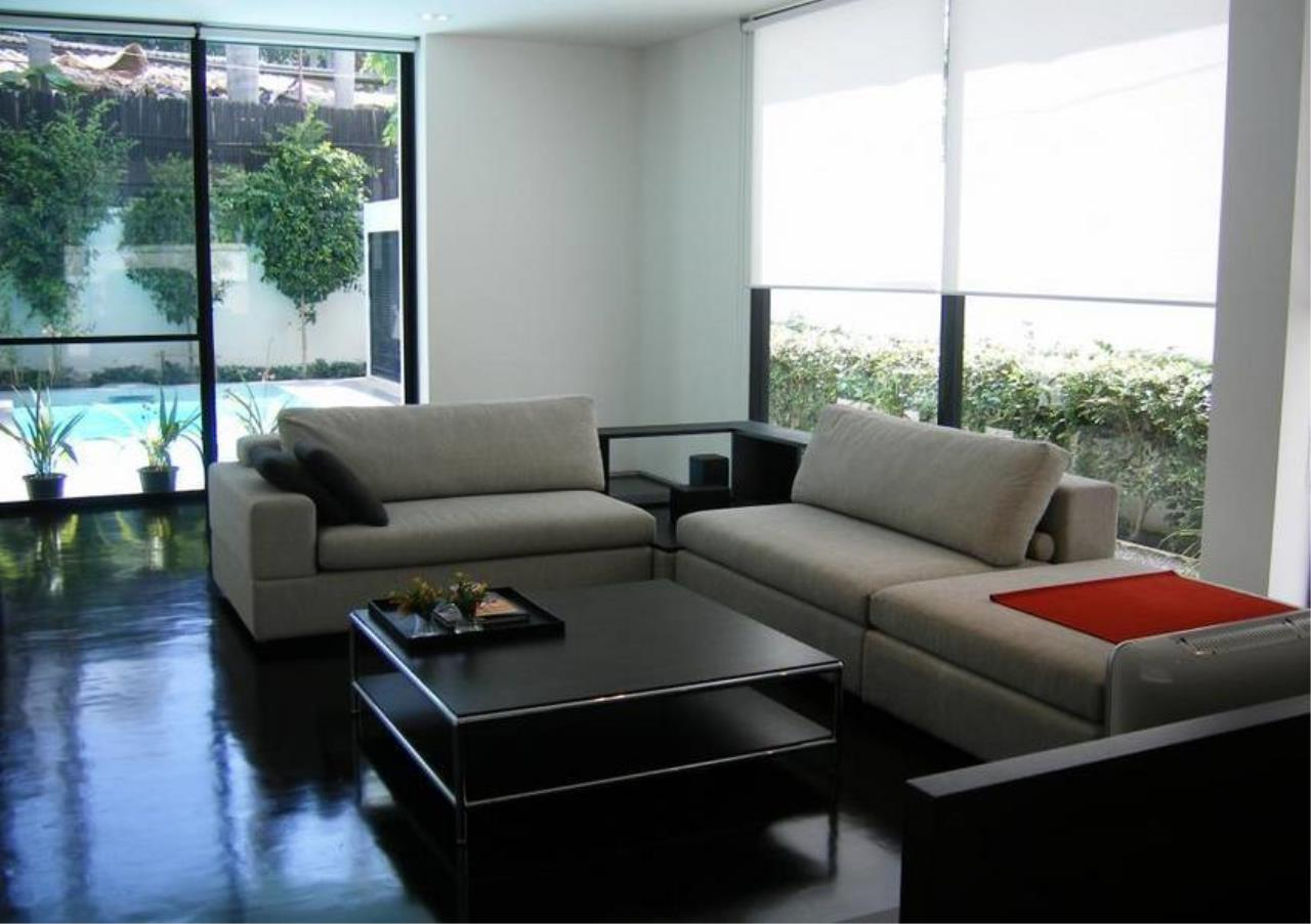 Bangkok Residential Agency's 4 Bed Detached House For Rent in Thonglor BR7998SH 1