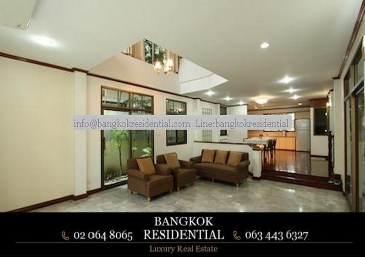 Bangkok Residential Agency's 5 Bed Single House For Rent in Nana BR8093SH 2