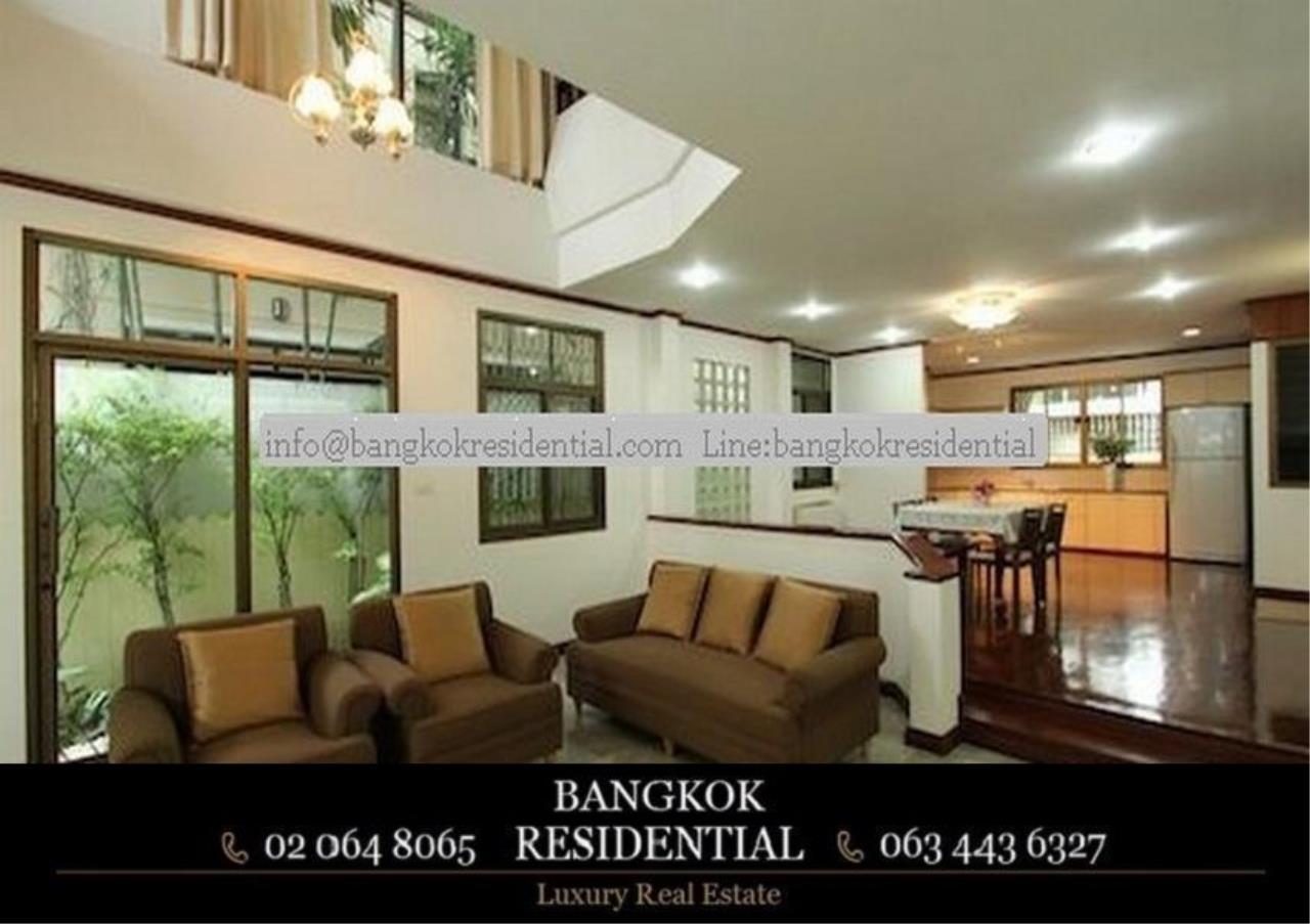Bangkok Residential Agency's 5 Bed Single House For Rent in Nana BR8093SH 3