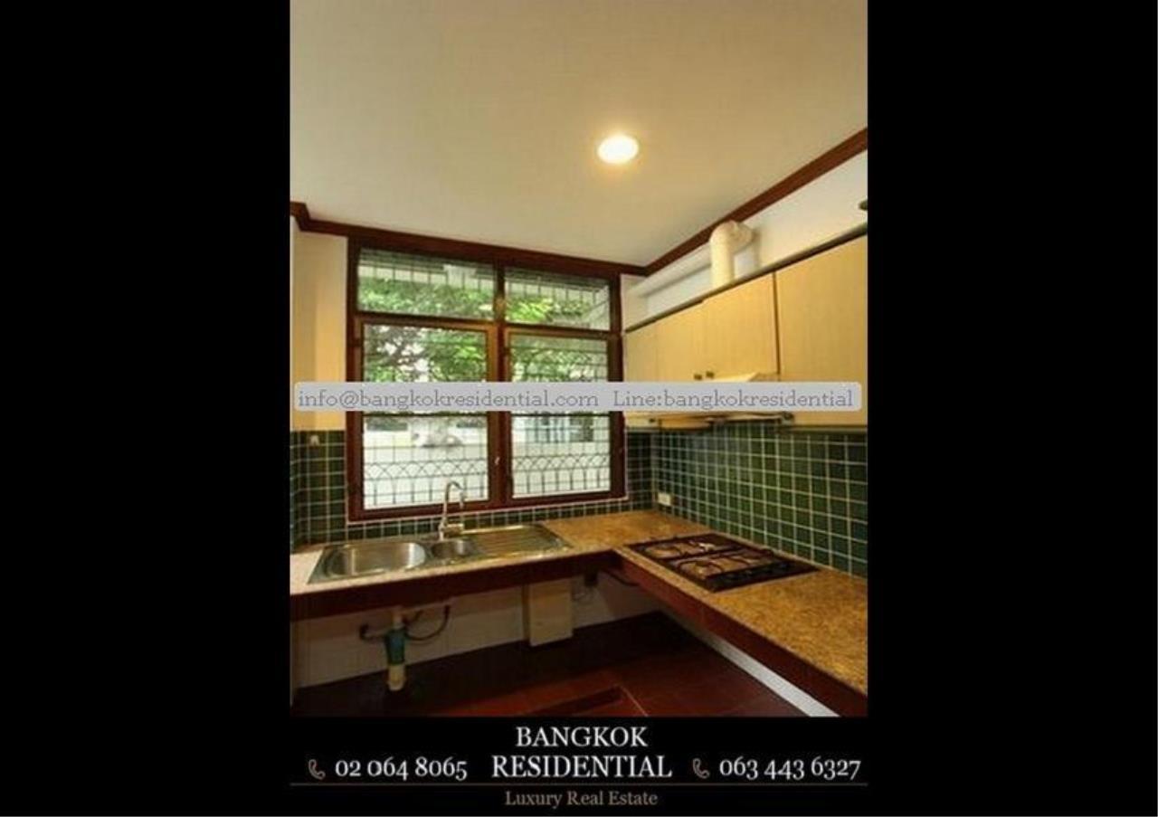 Bangkok Residential Agency's 5 Bed Single House For Rent in Nana BR8093SH 7