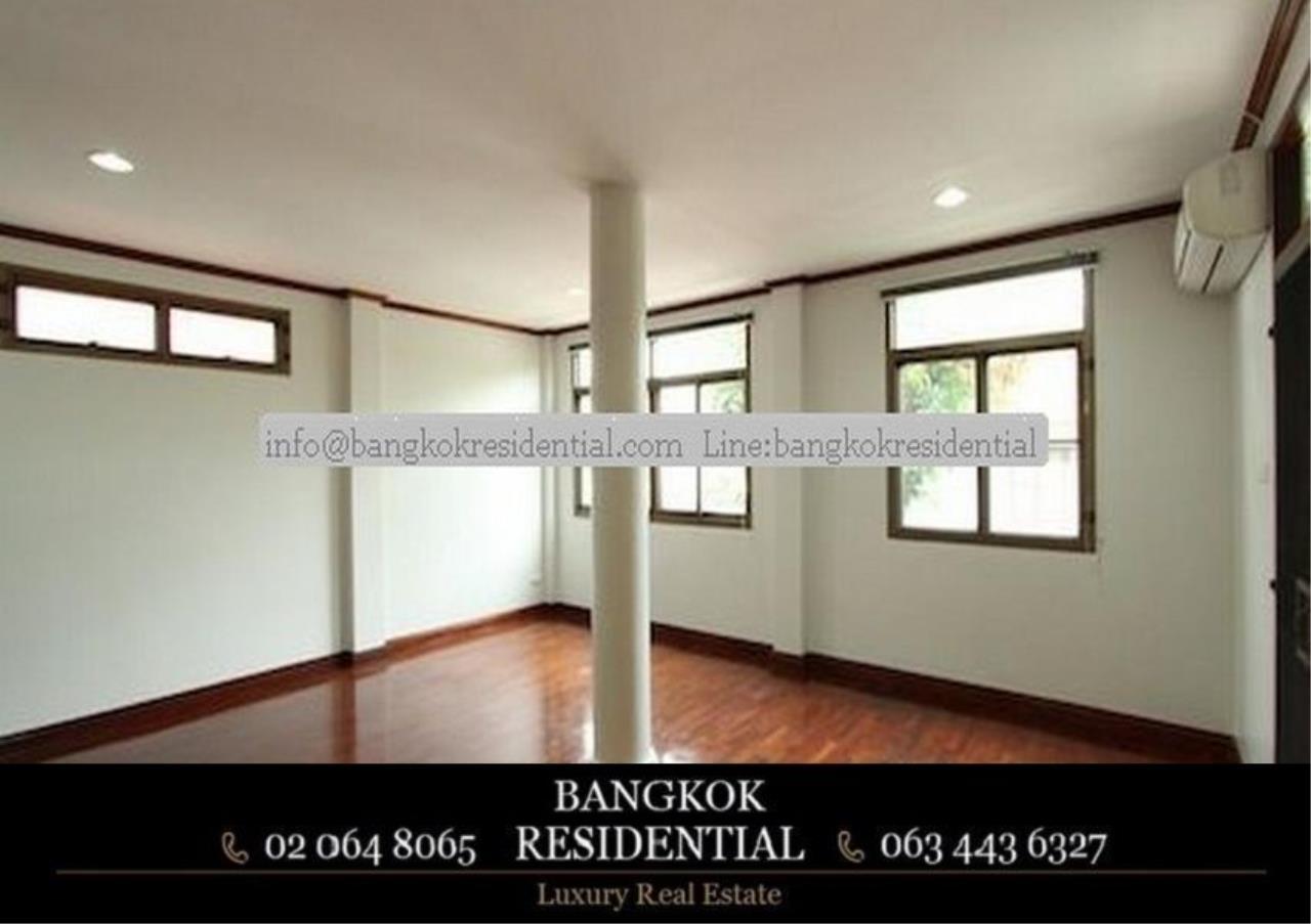Bangkok Residential Agency's 5 Bed Single House For Rent in Nana BR8093SH 13