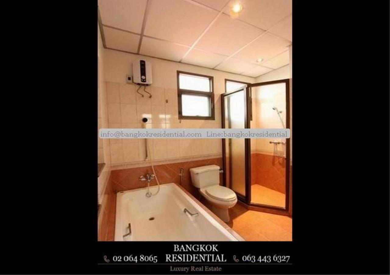 Bangkok Residential Agency's 5 Bed Single House For Rent in Nana BR8093SH 17