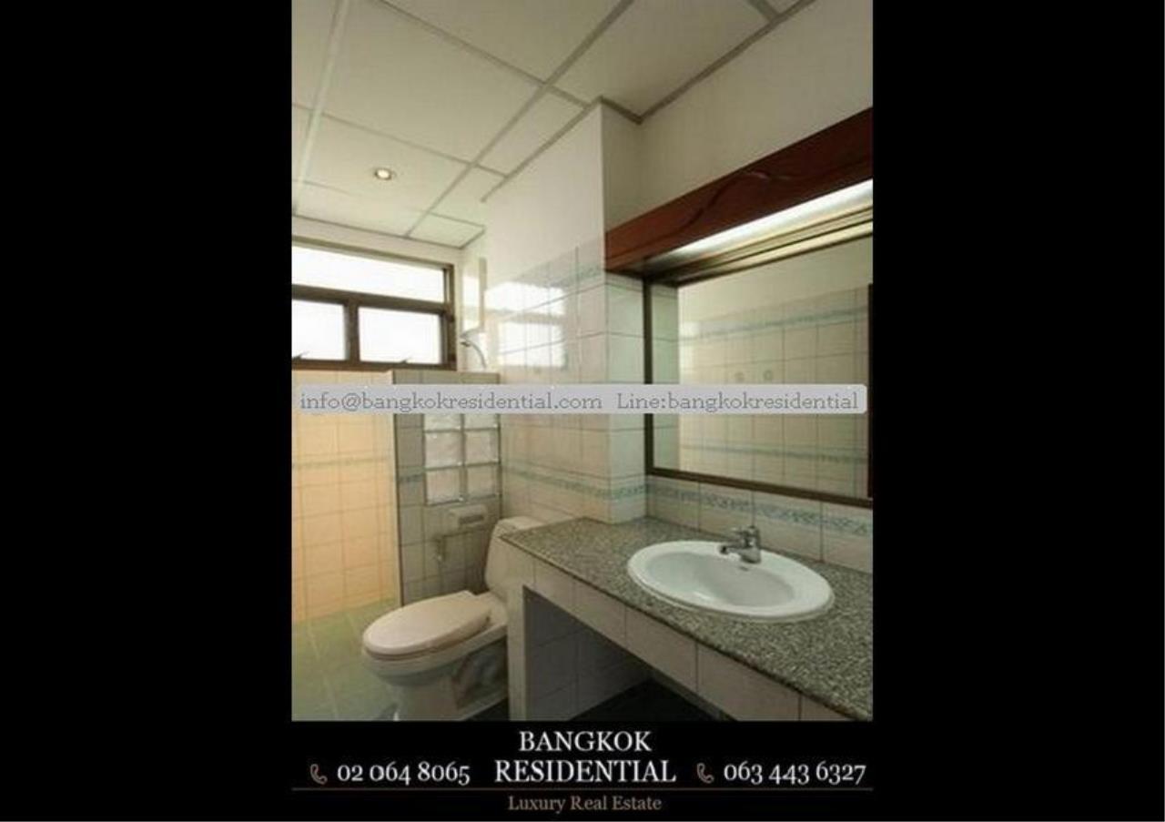 Bangkok Residential Agency's 5 Bed Single House For Rent in Nana BR8093SH 20