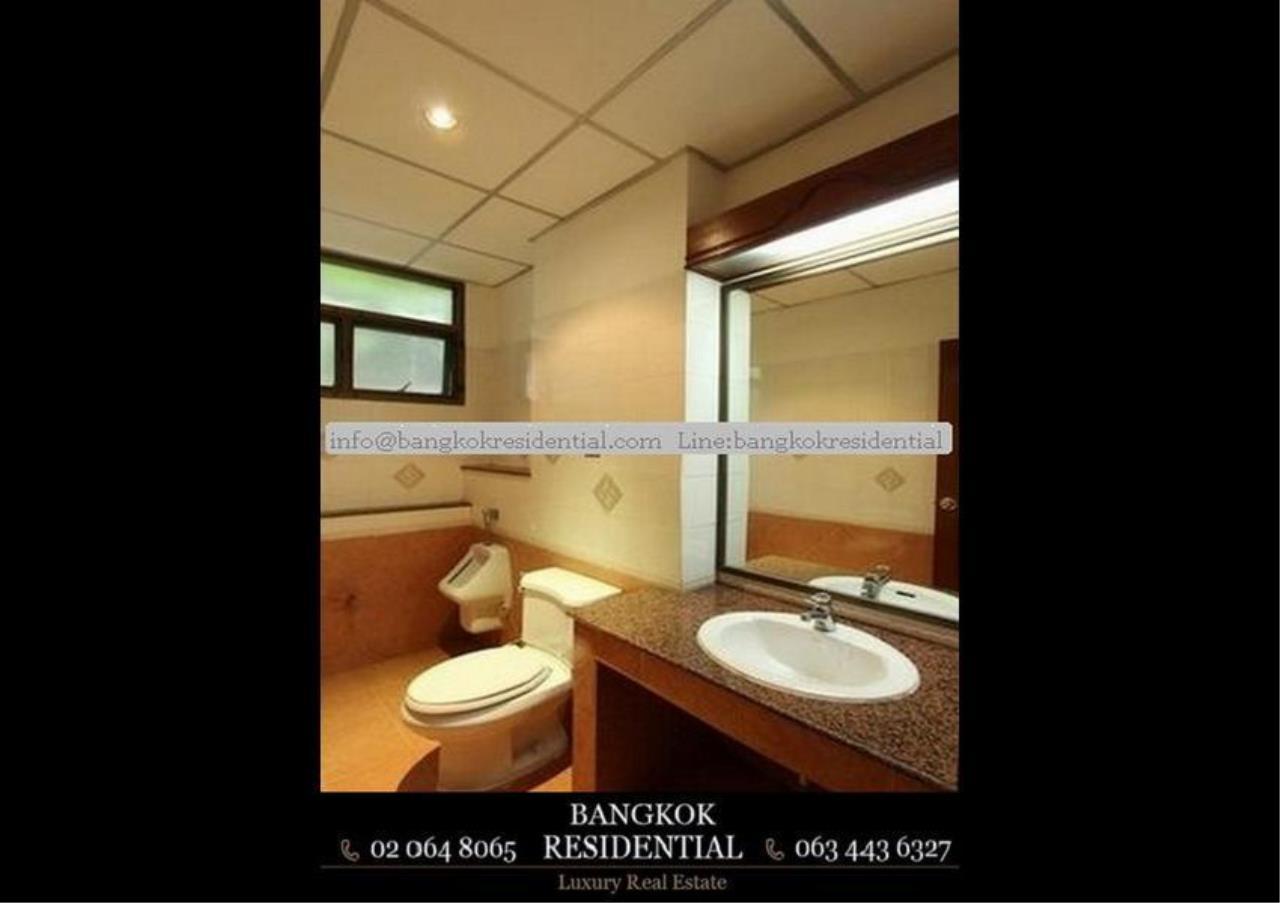 Bangkok Residential Agency's 5 Bed Single House For Rent in Nana BR8093SH 21
