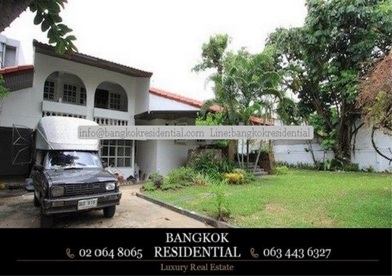 Bangkok Residential Agency's 4 Bed Single House For Rent in Thonglor BR8101SH 11