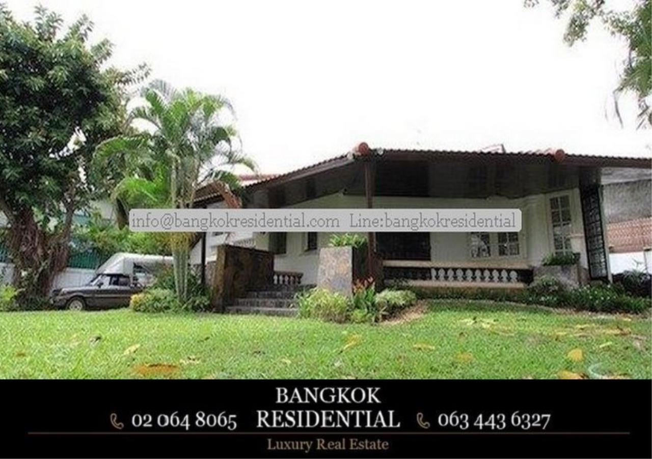 Bangkok Residential Agency's 4 Bed Single House For Rent in Thonglor BR8101SH 10