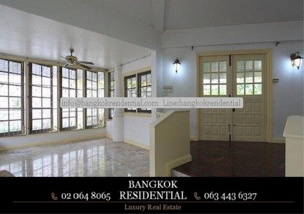 Bangkok Residential Agency's 4 Bed Single House For Rent in Thonglor BR8101SH 2