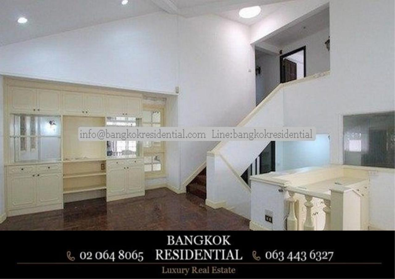 Bangkok Residential Agency's 4 Bed Single House For Rent in Thonglor BR8101SH 3