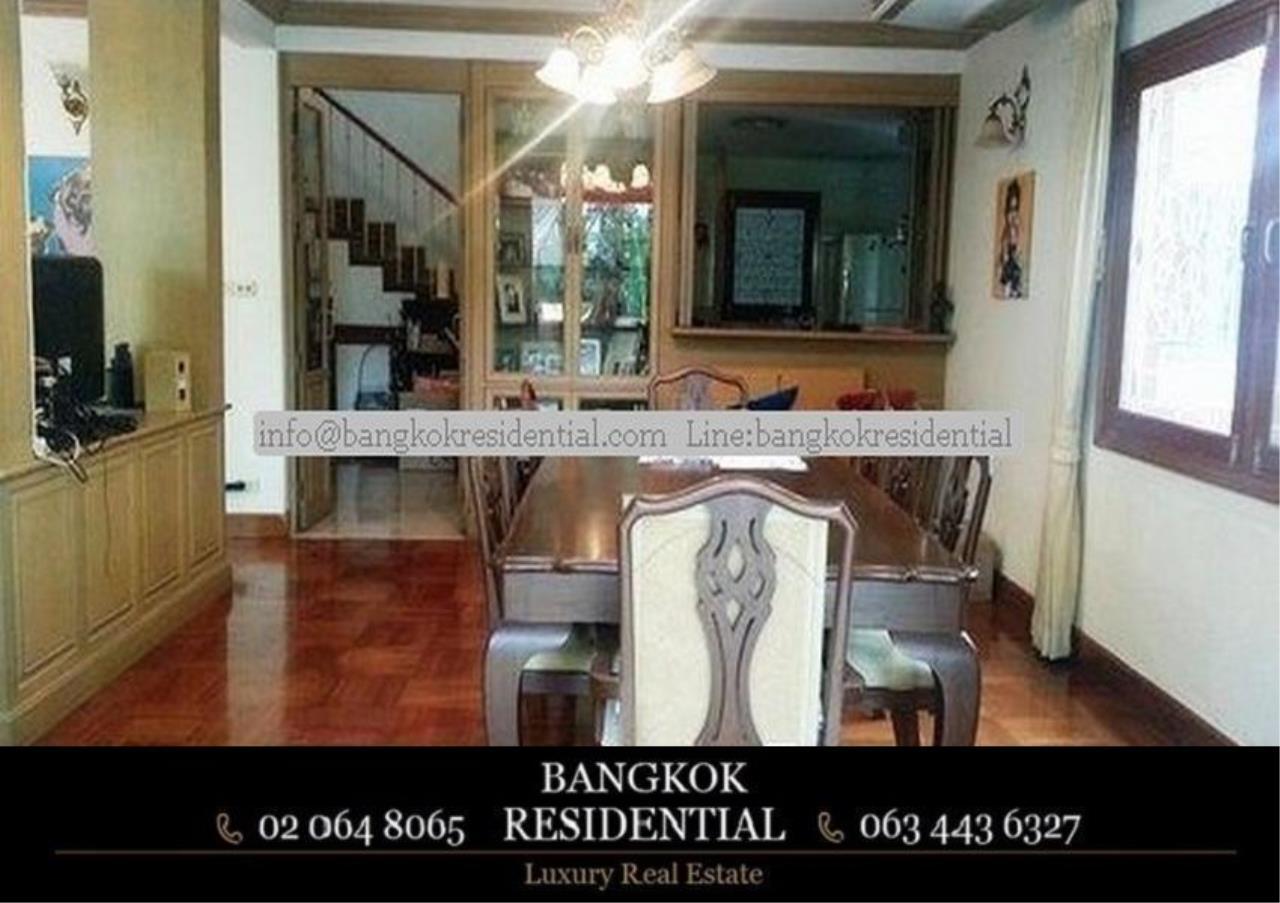 Bangkok Residential Agency's 3 Bed Single House For Rent in Ekkamai BR8124SH 3