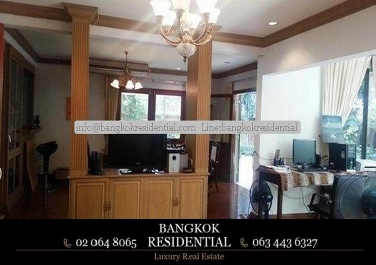 Bangkok Residential Agency's 3 Bed Single House For Rent in Ekkamai BR8124SH 4