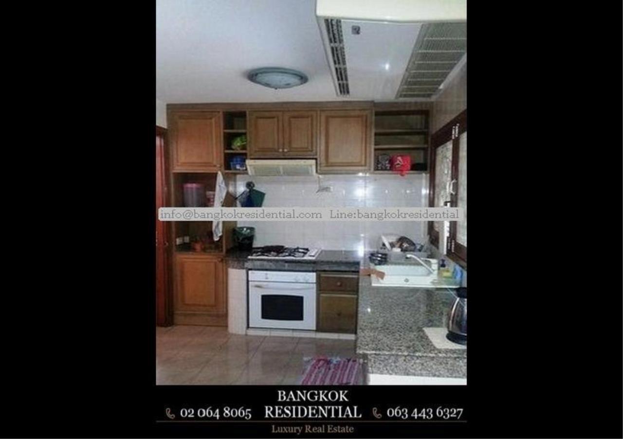 Bangkok Residential Agency's 3 Bed Single House For Rent in Ekkamai BR8124SH 6