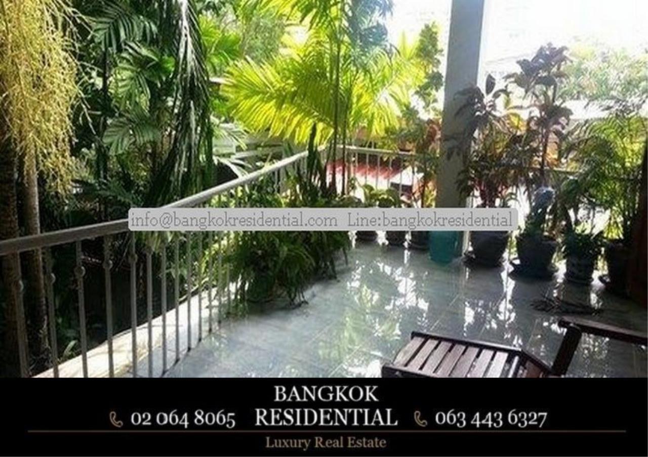 Bangkok Residential Agency's 3 Bed Single House For Rent in Ekkamai BR8124SH 10