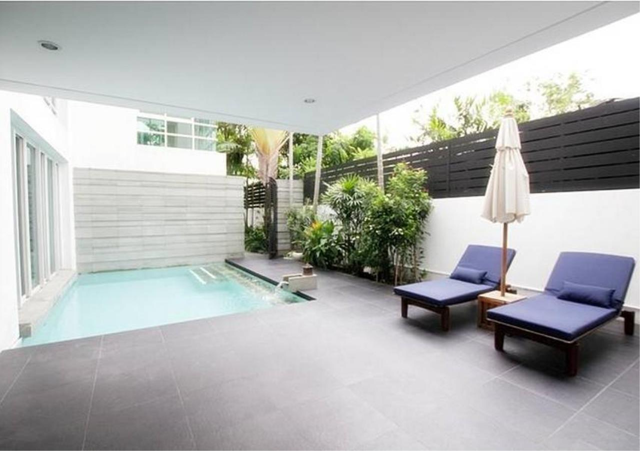Bangkok Residential Agency's 4 Bed Single House in Compound For Rent in Sathorn BR8144SH 3