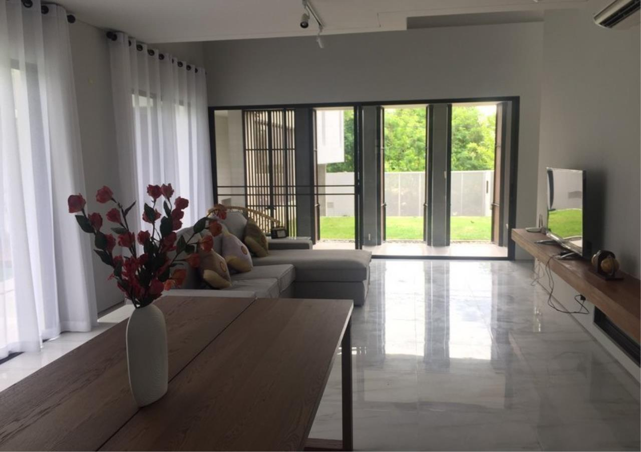 Bangkok Residential Agency's 4 Bed Single House For Rent in Bearing BR8209SH 1