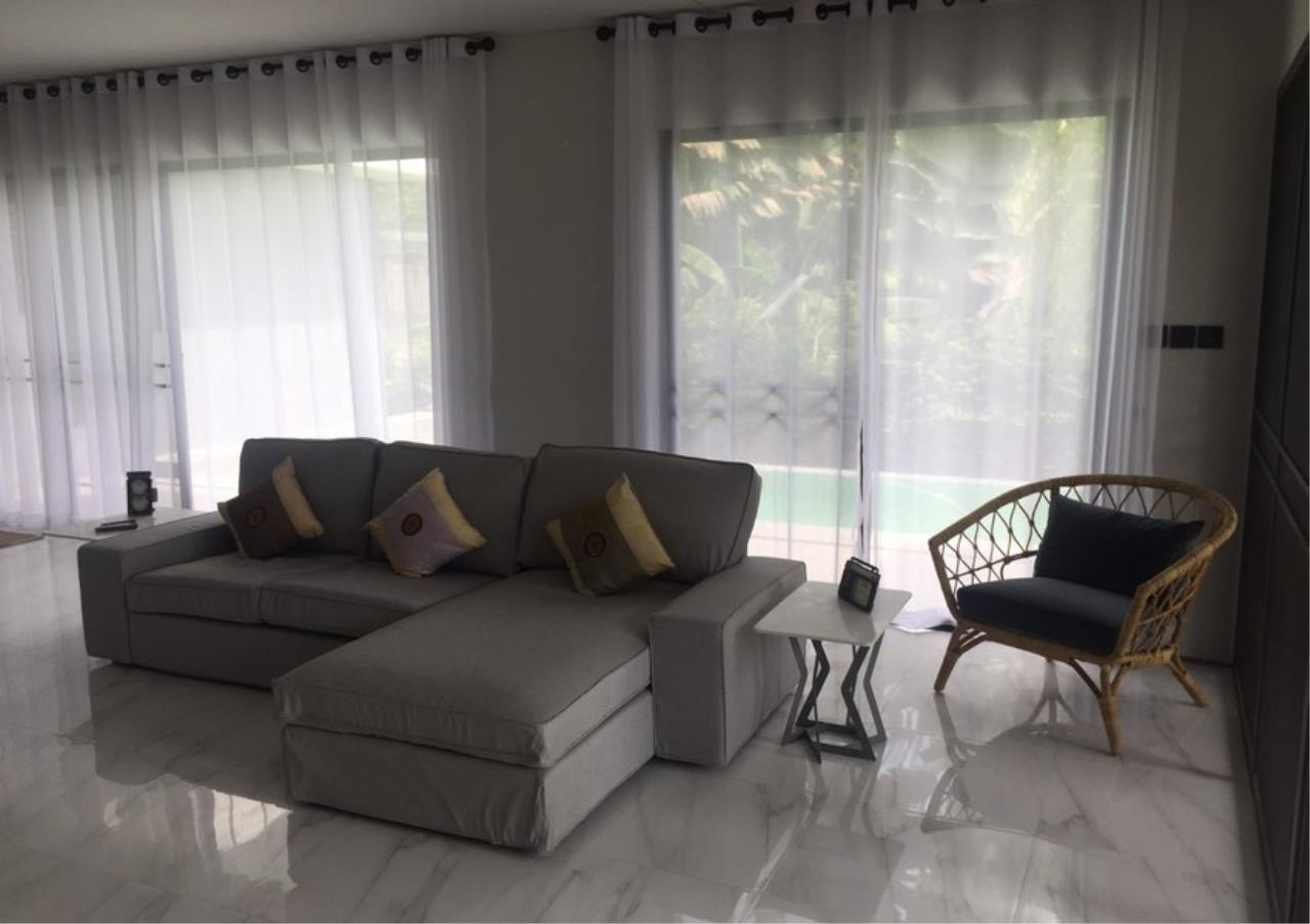 Bangkok Residential Agency's 4 Bed Single House For Rent in Bearing BR8209SH 2