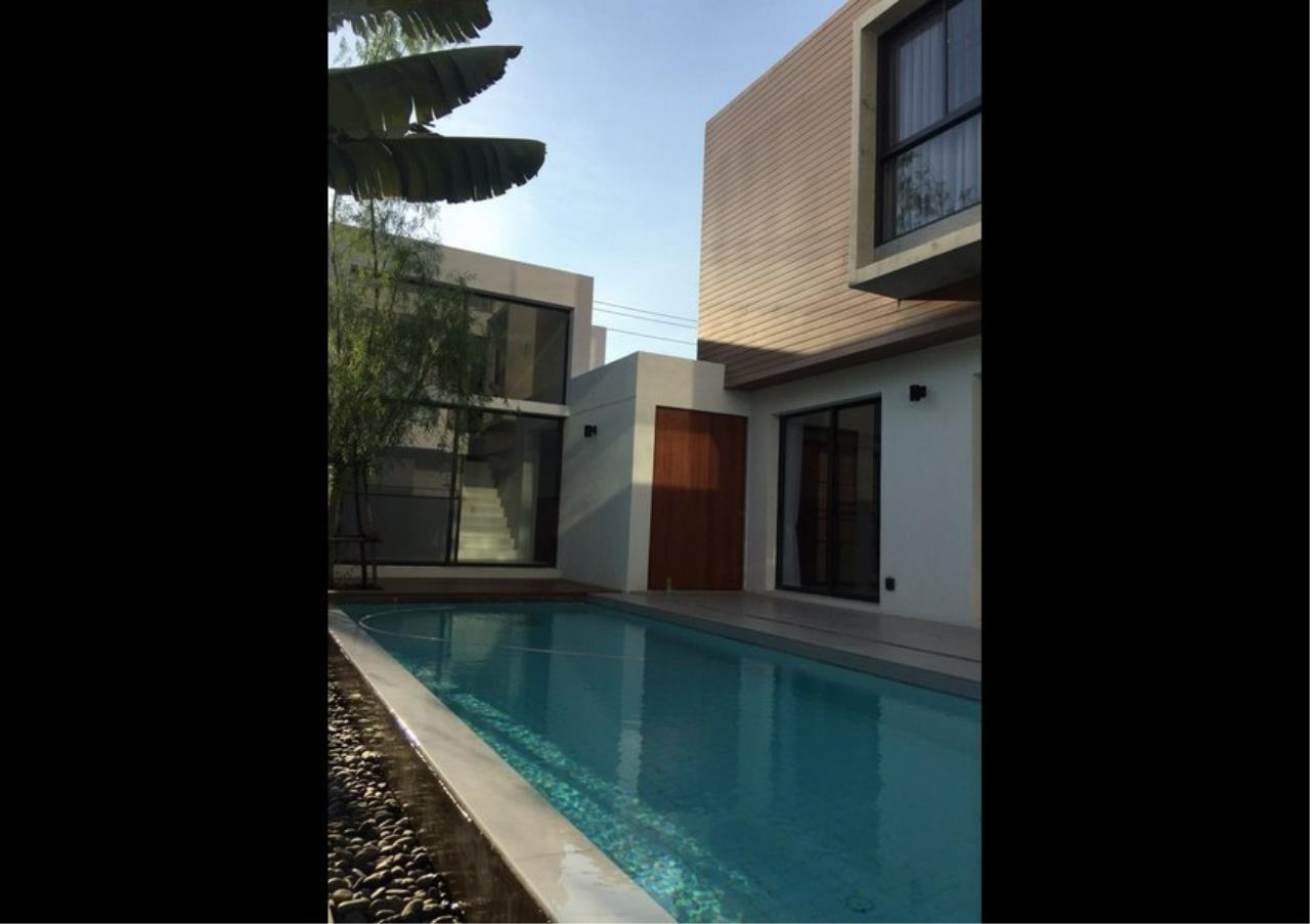 Bangkok Residential Agency's 4 Bed Single House For Rent in Bearing BR8209SH 5