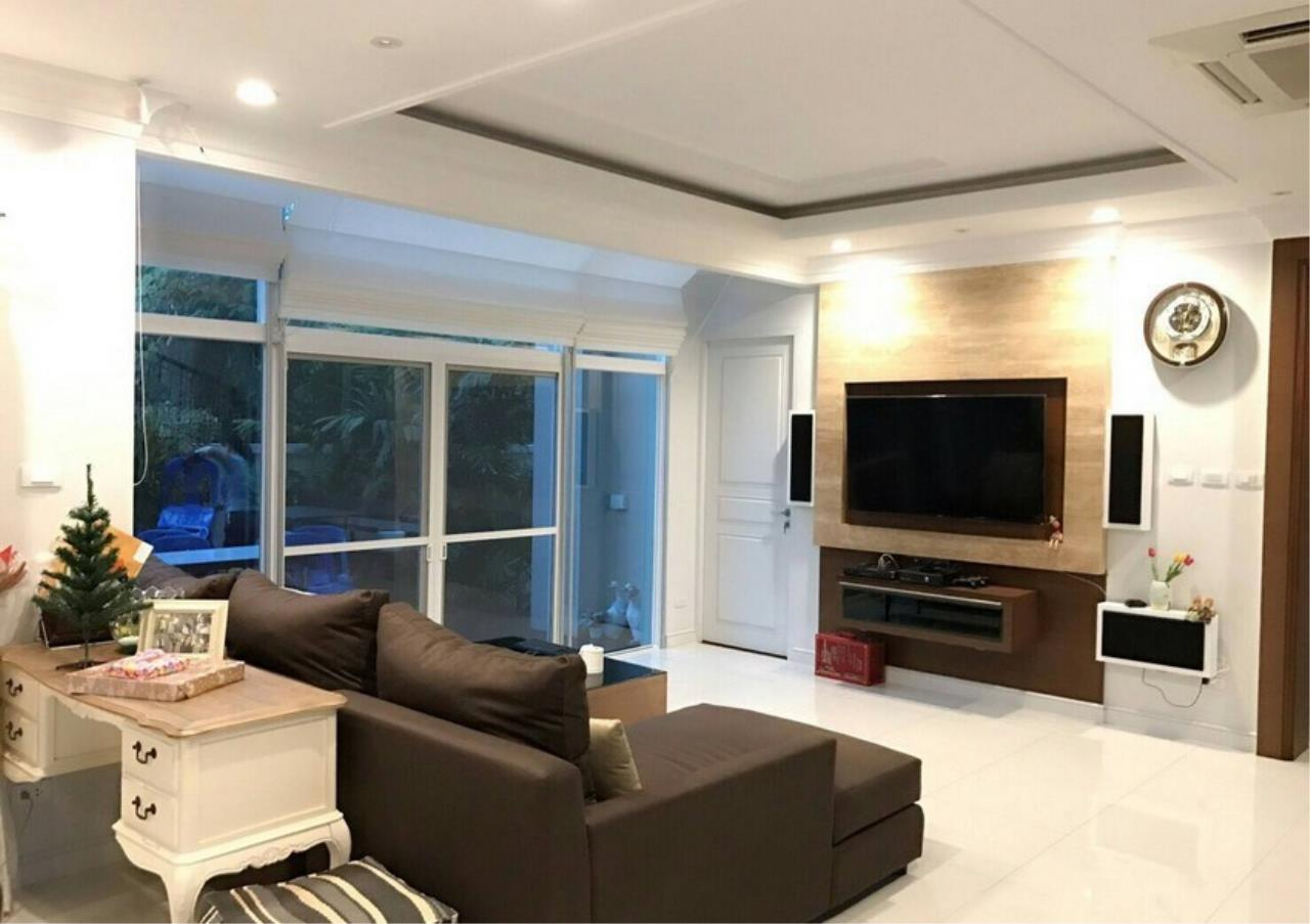 Bangkok Residential Agency's 5 Bed Single House For Sale in Punnawithee BR8223SH 2